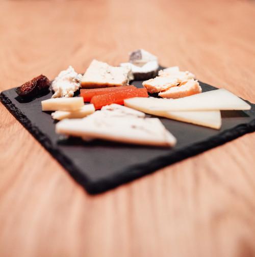 Tabla de quesos nacionales e internacionales